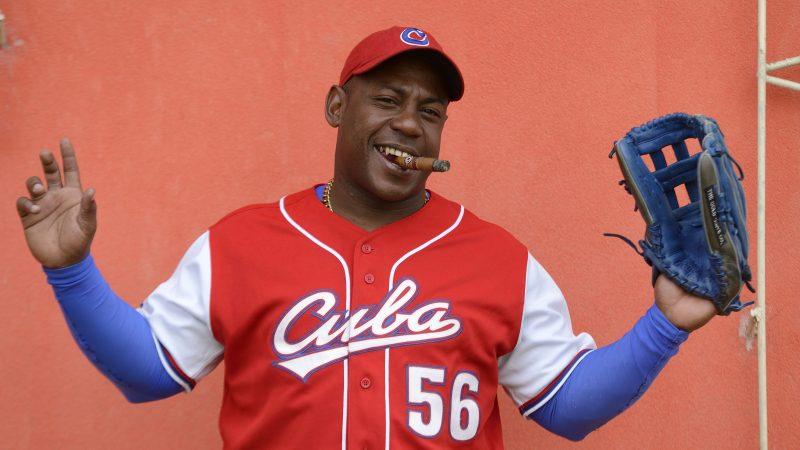 baseball Carlos Tabares